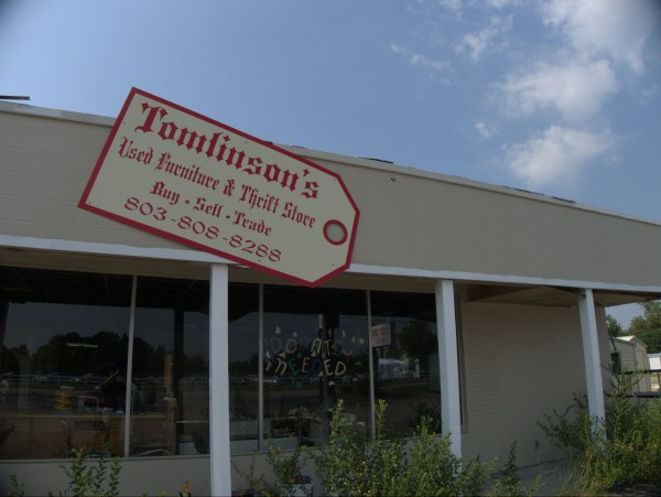 Tomlinson S Used Furniture Thrift Store 4510 Augusta Road 2011 At Columbia Closings