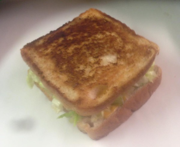 grilled_cheese_with_lettuce_and_tomato_tn.jpg